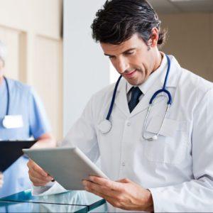Gestor médico avalia desempenho de sua ILPI no sistema Gero360
